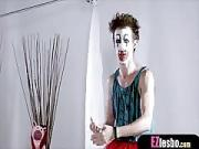Chinese Chick Has a Phobia About Clowns But There is Help