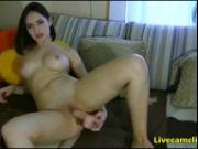 Naughty babe has an ass made riding