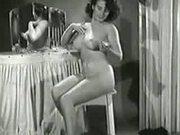 1940s 50s & 60s pussy. - Strip sex video - Tube8.com
