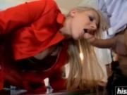 Curvy blonde Viktoria Diamond got fucked