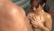 Chica tetona follando