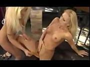 sexy woman shick