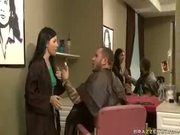Rebeca Linares	The Crappy Hairstylist
