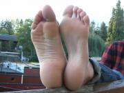 French girl with soft soles interviewed outside