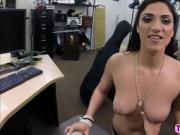 Sexy Brazilian pawn her pussy for cash