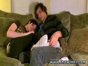 Videos porno de gay emos Aron seems all too glad to indulge him in his