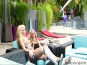 Face sitting pussy licking with slutty teens August and her sissys