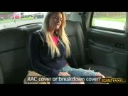 Super sexy blonde Sienna flashes her tits and gets fucked in the taxi