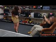 Amateur slut banged hard in the pawnshop