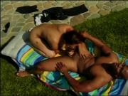 Black guy gets a blowjob from Latina bitch outside