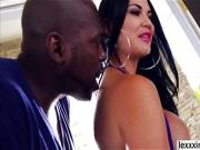 Naughty porn babe Jasmine Jae blows a gigantic black dick