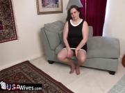 USAWiveS Mature Dylan Alone and Horny
