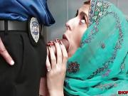 Muslim shoplifter Audrey fucks with the detective